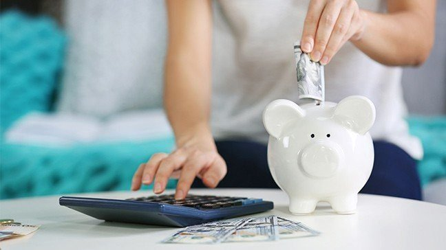 6 Simple Ways You Can Manage Your Money While Saving