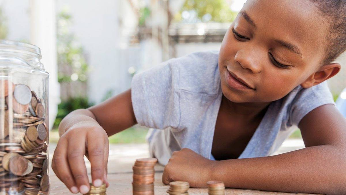 Why You Should Teach Your Kids About Money as Early as Possible
